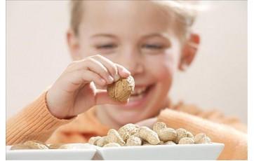 医生提醒:经常吃花生好处超乎想象,别低估它对人体的重要性!